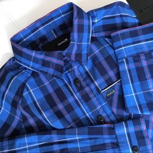 Hurley Boys Button Down Shirt- Size S (NWT)